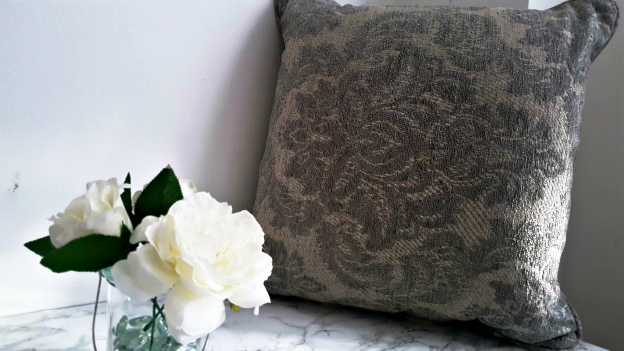 updating my look with sofasofa scatter cushions sofasofa-feature cushion