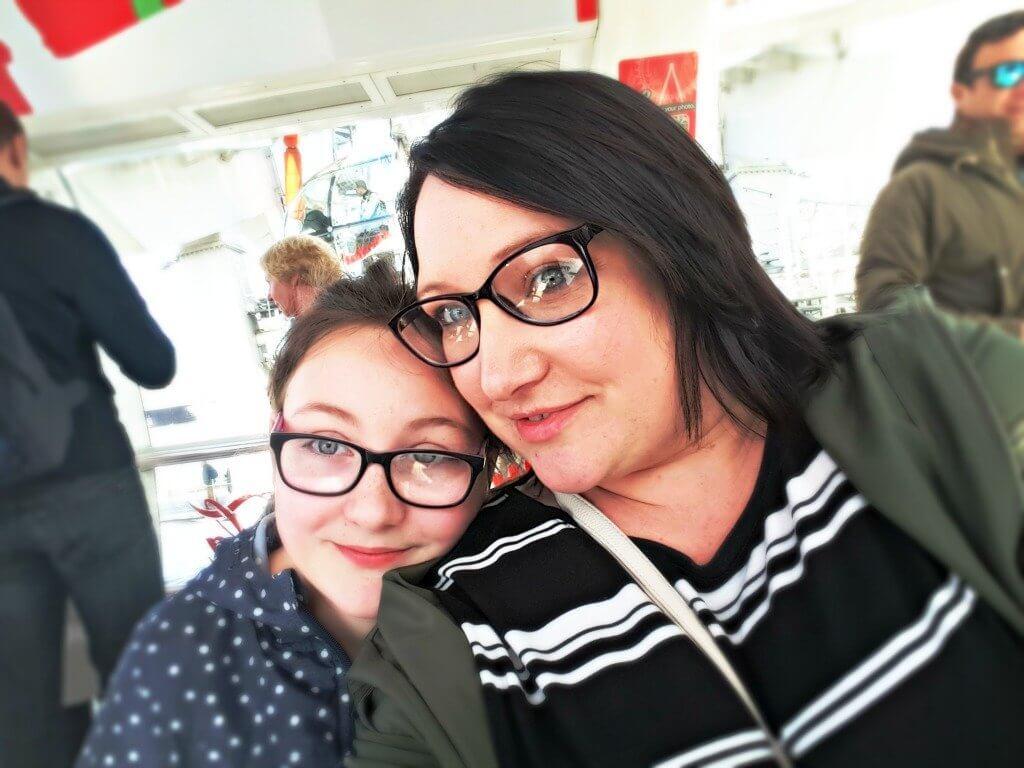 london eye review mum and daughter in capsule