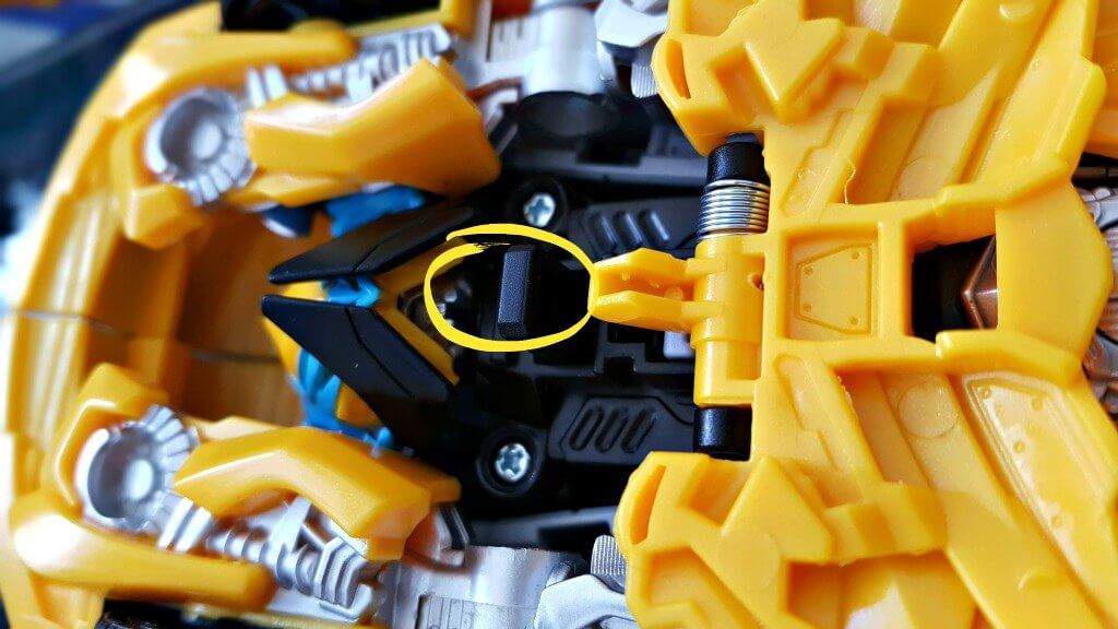 transformers bumblebee turbo changer review switch to convert to car and figure