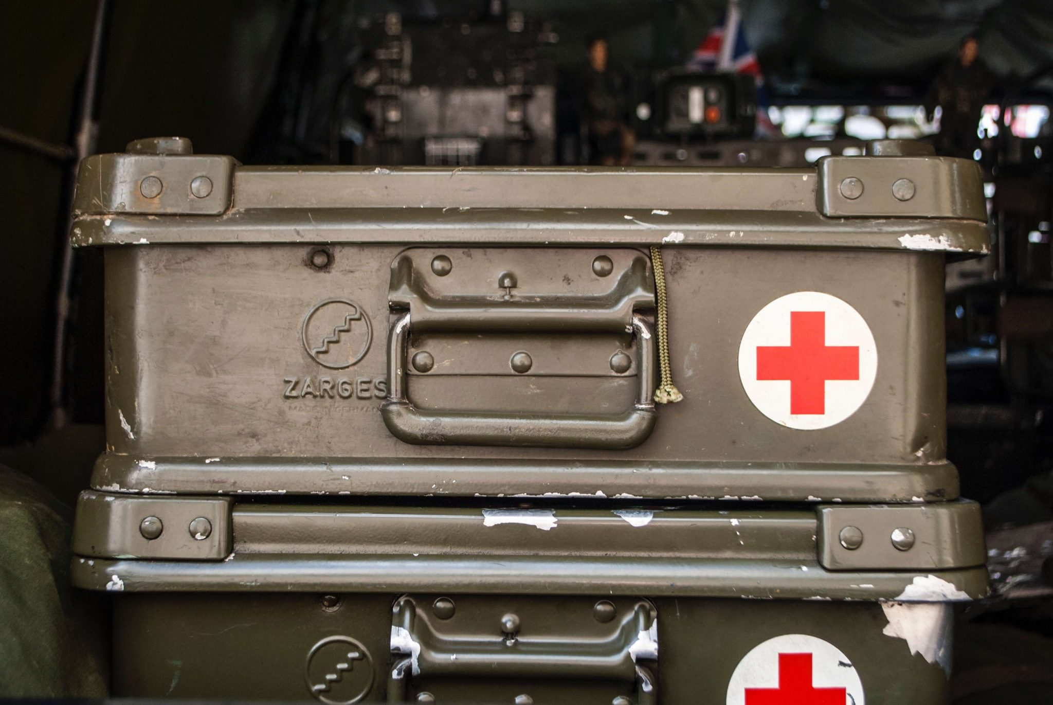 home-first-aid-kit-metal-first-aid-container