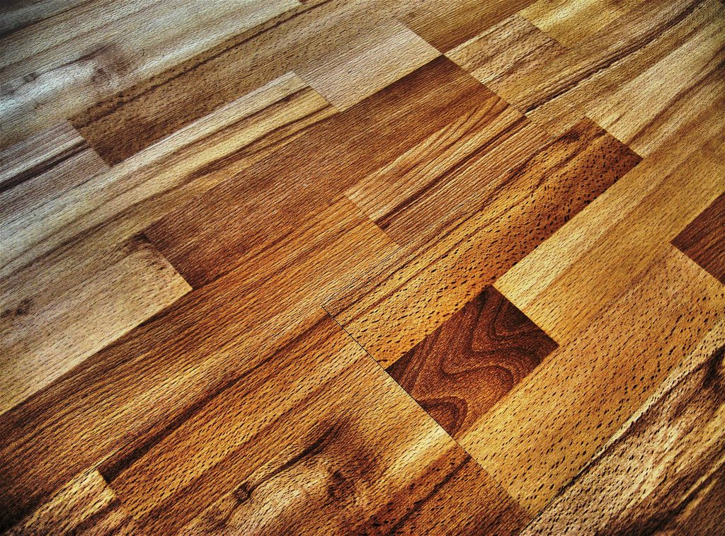 lamiate flooring as an idea to increase value before selling your home